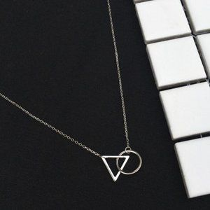 NEW 925 Sterling Silver Circle Triangle Necklace
